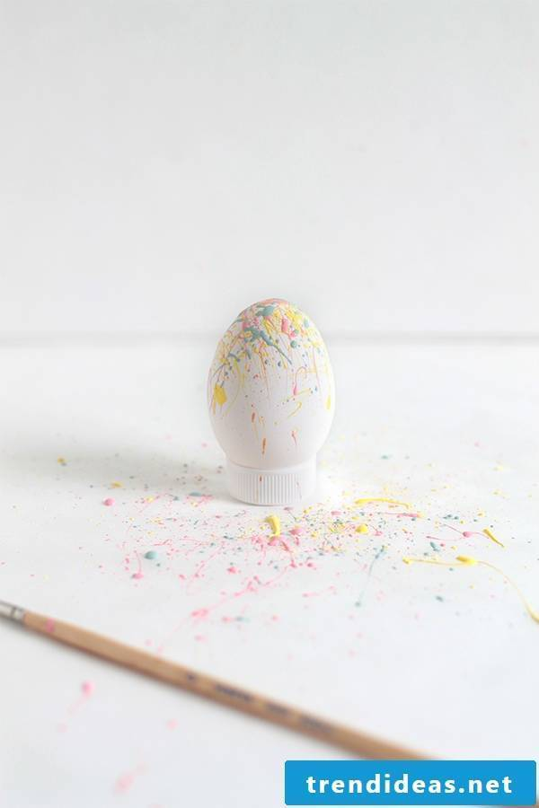 The Syringe Technique for easter eggs without color dyeing