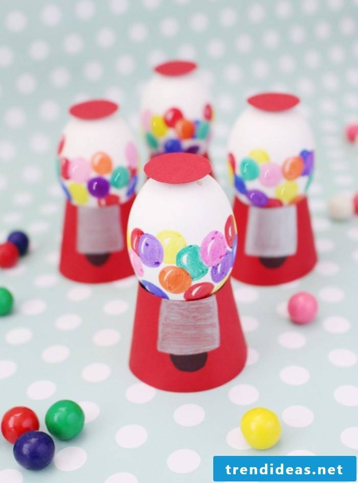 The Technique # 9 - Coloring Easter eggs with MMs