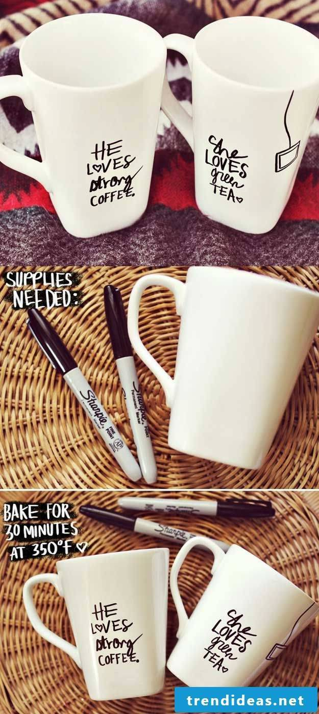 DIY Instructions for Cups Painting as an idea for Christmas gifts for parents