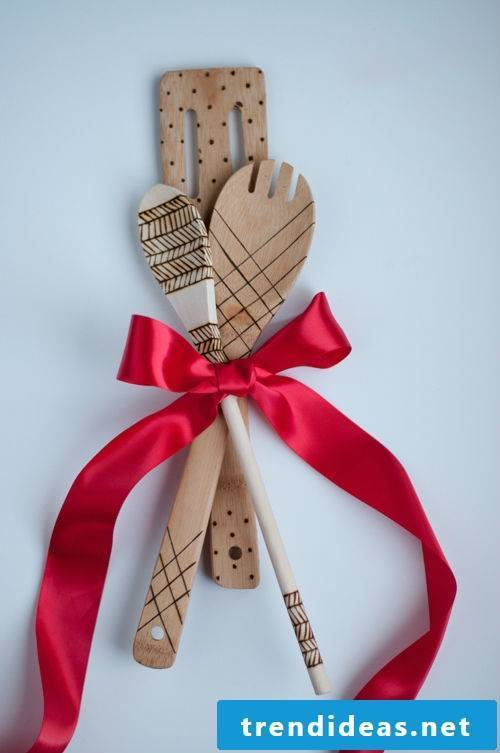 10 cool ideas for homemade gifts for parents