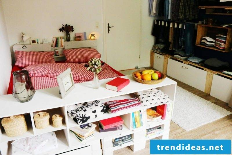 diy bed colorful