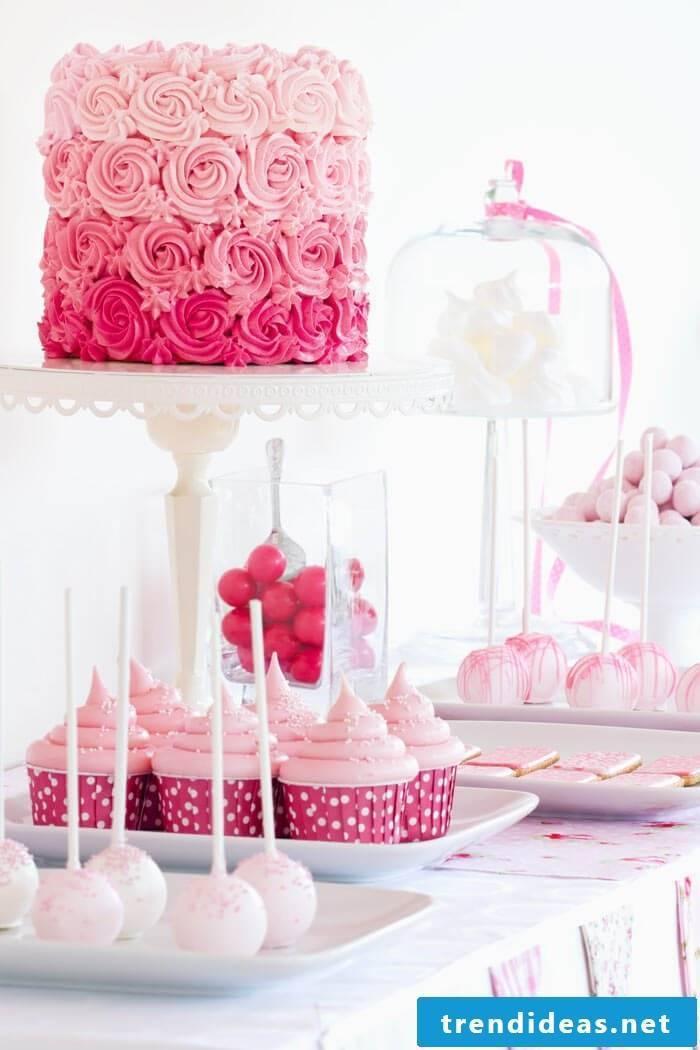 Cake rack full