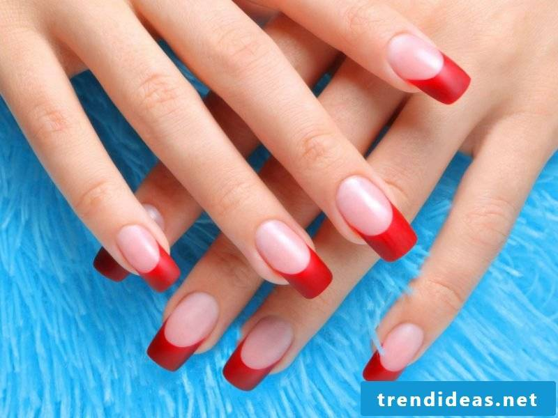 Nail art French red