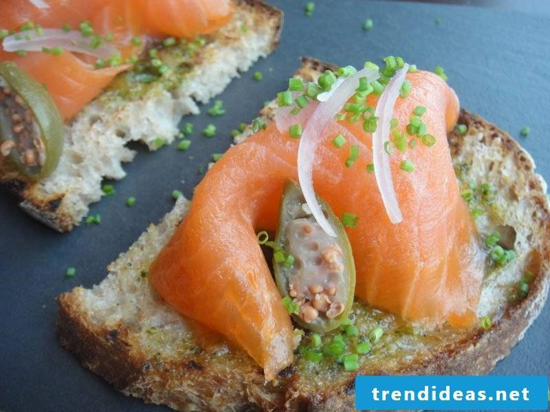 fingerfood cold salmon