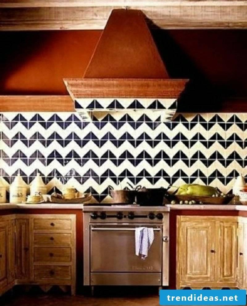 Tile pattern with geometric motifs