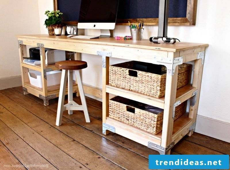 Need inspiration on how to set up and organize your own workroom? Here you will find instructions on how to build a workbench yourself