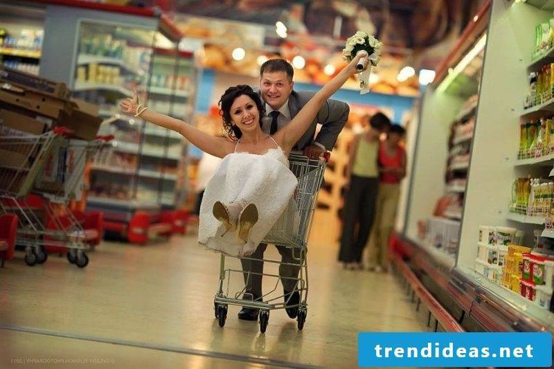 Wedding pictures Supermarket