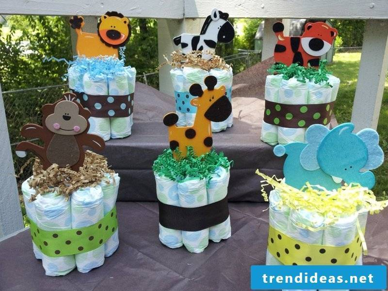 baby shower decoration diapers