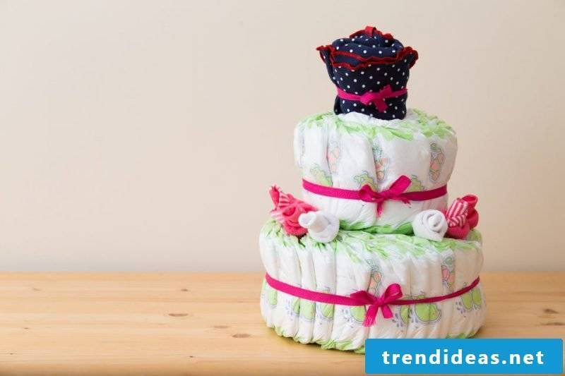 baby shower decoration diaper cake