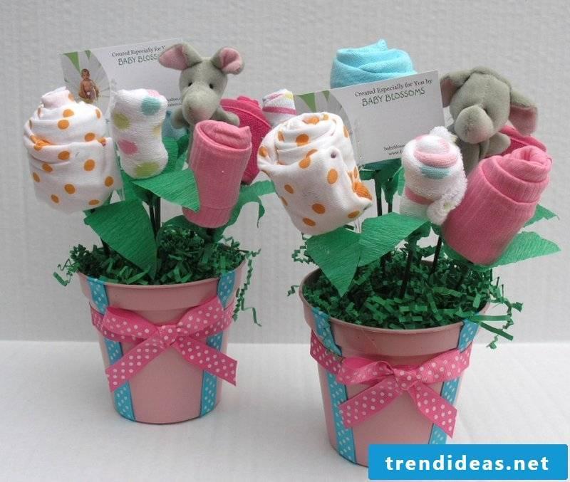baby shower deco flowers socks