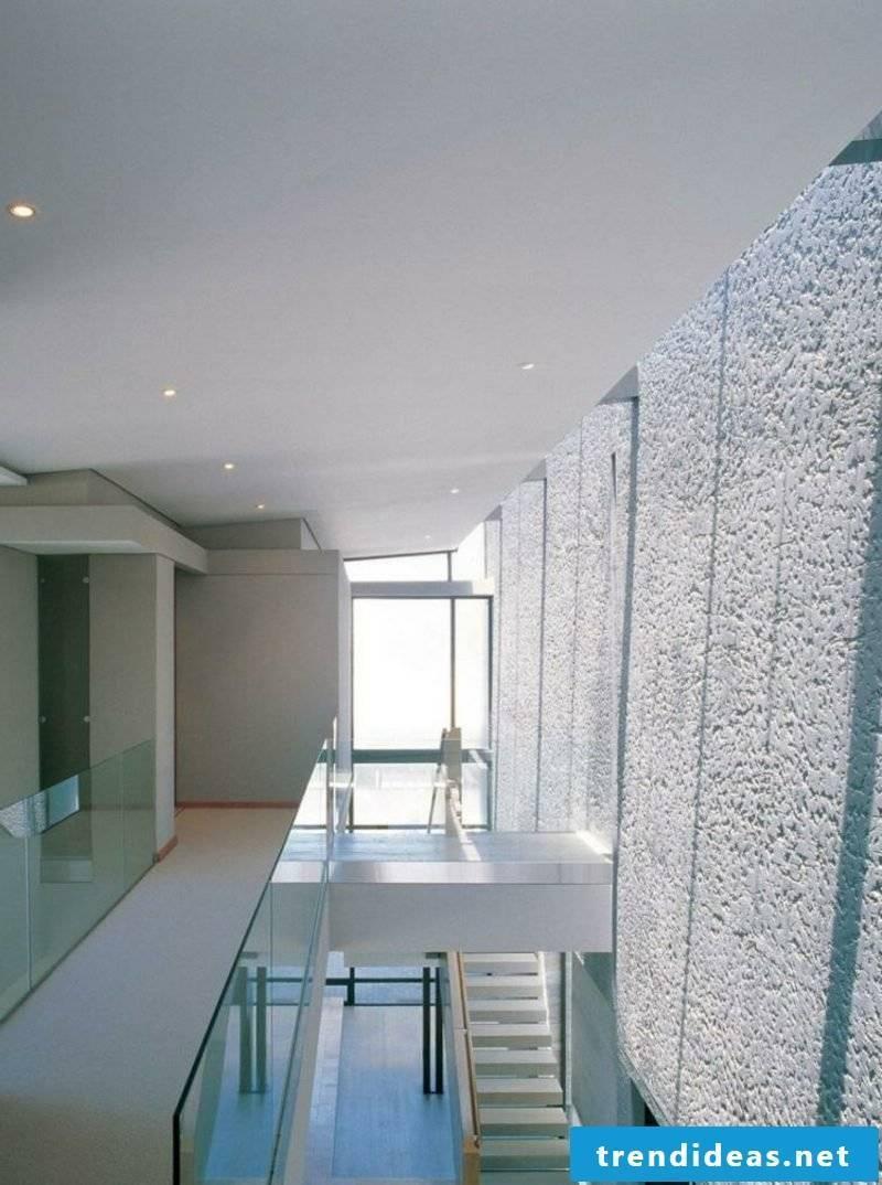 Decorative plaster corridor knows interesting structure