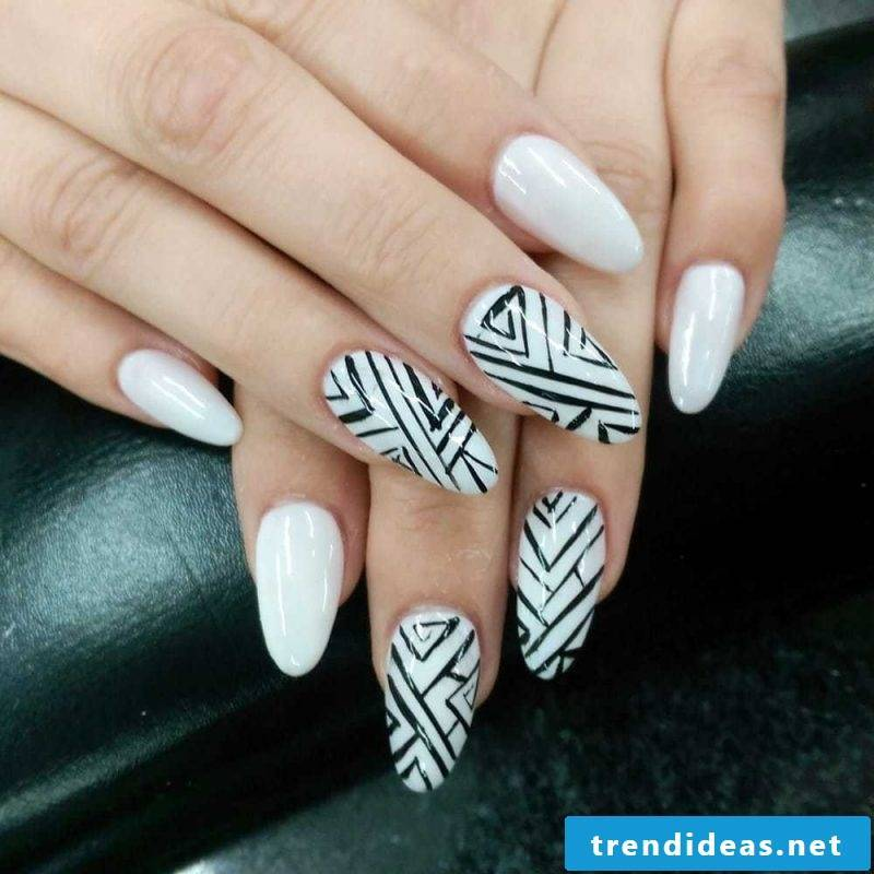 Nail modeling pictures: Follow our instructions and design you can think up for yourself