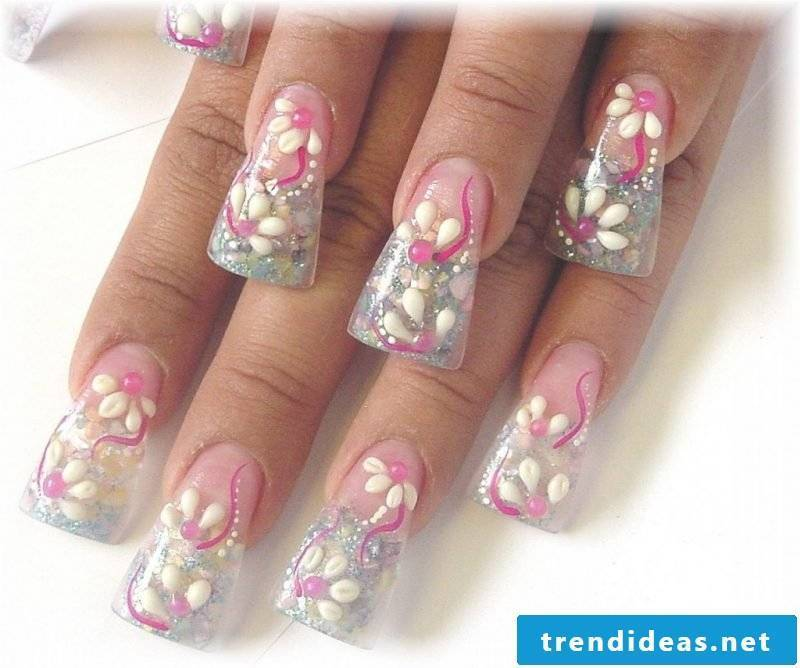 Nail modeling Images: Bring personal touch in the form