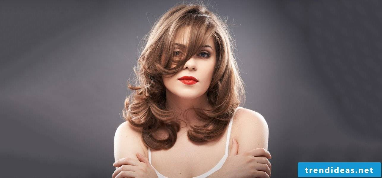 Trendy medium-length hairstyles