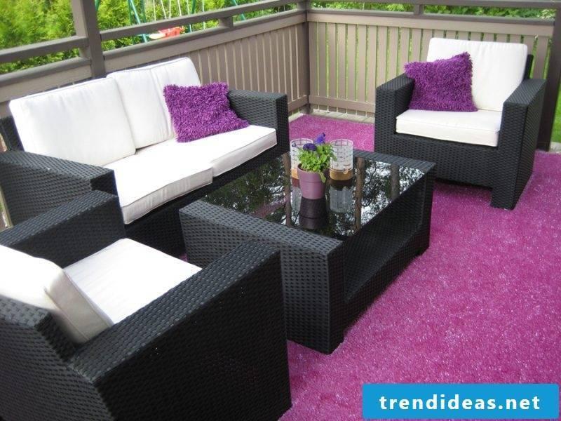 balcony floor purple artificial turf