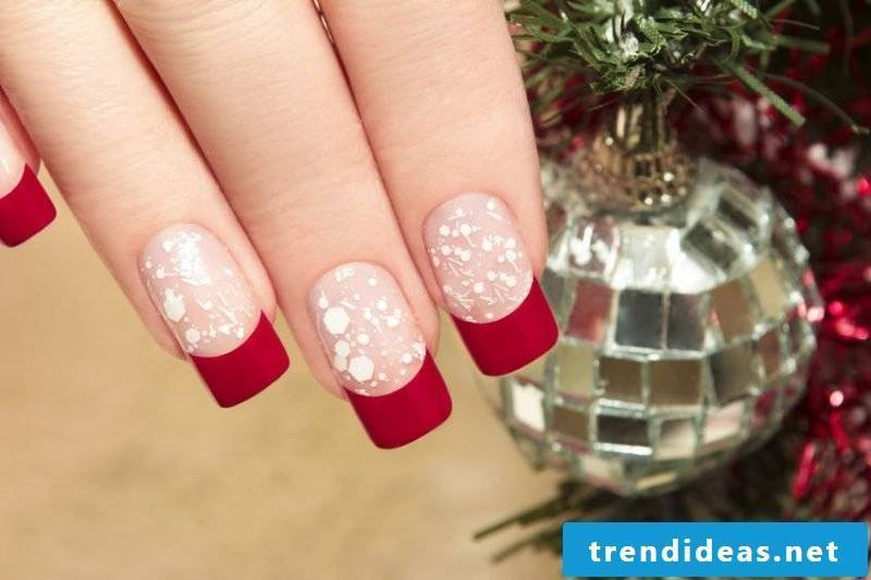 Gel nails pattern Christmas French Design