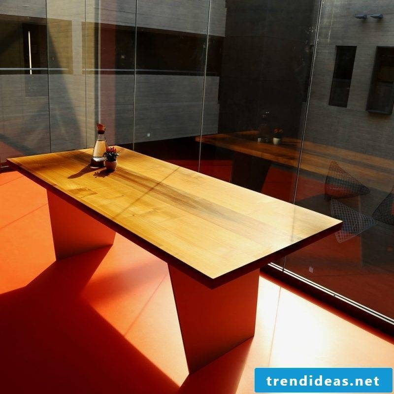 Plan solid wood tables yourself