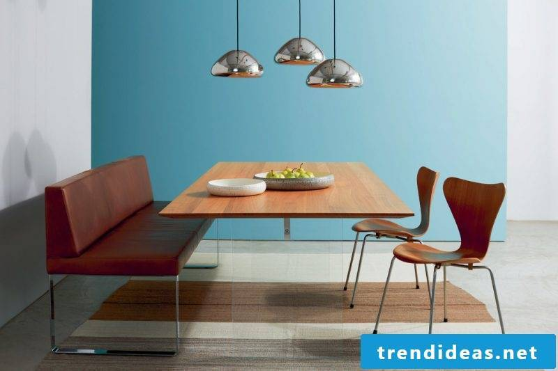 Solid wood tables have clear and simple shapes
