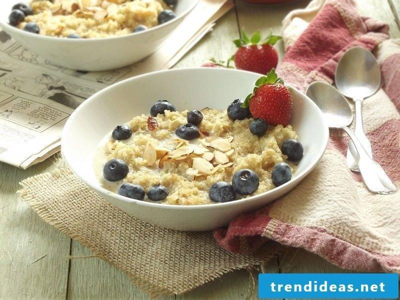 Quinoa breakfast coconut