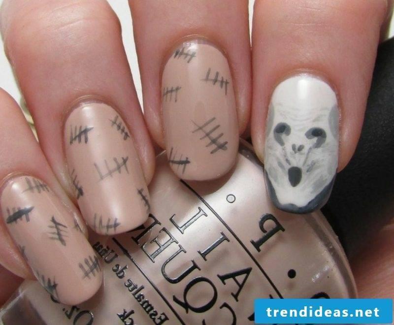 interesting nail design pattern for Halloween