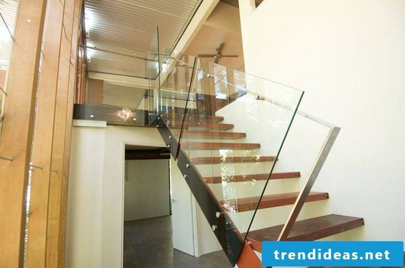 Combine wood and glass for the bolt staircase