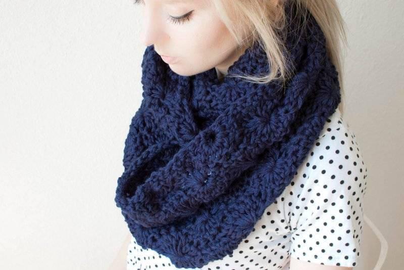 Loop scarf tie the loop