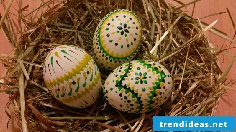 Easter eggs Sorbian Bossiertechnik