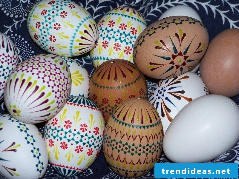 original design ideas Sorbian Easter Eggs Bossiertechnik