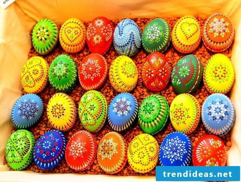 Sorbian Easter eggs colorful Bossiertechnik