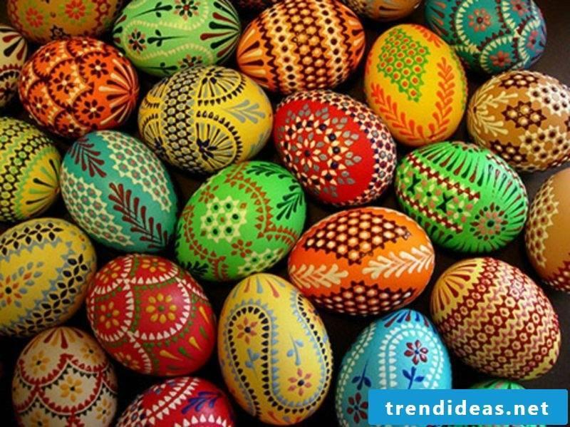 Originally designed Easter eggs Sorbian Bossiertechnik