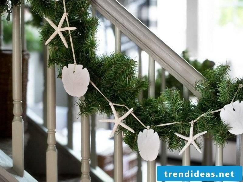 Make craft ideas Christmas decoration itself