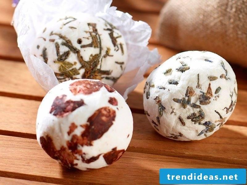 Christmas gifts tinker for adult bathing balls