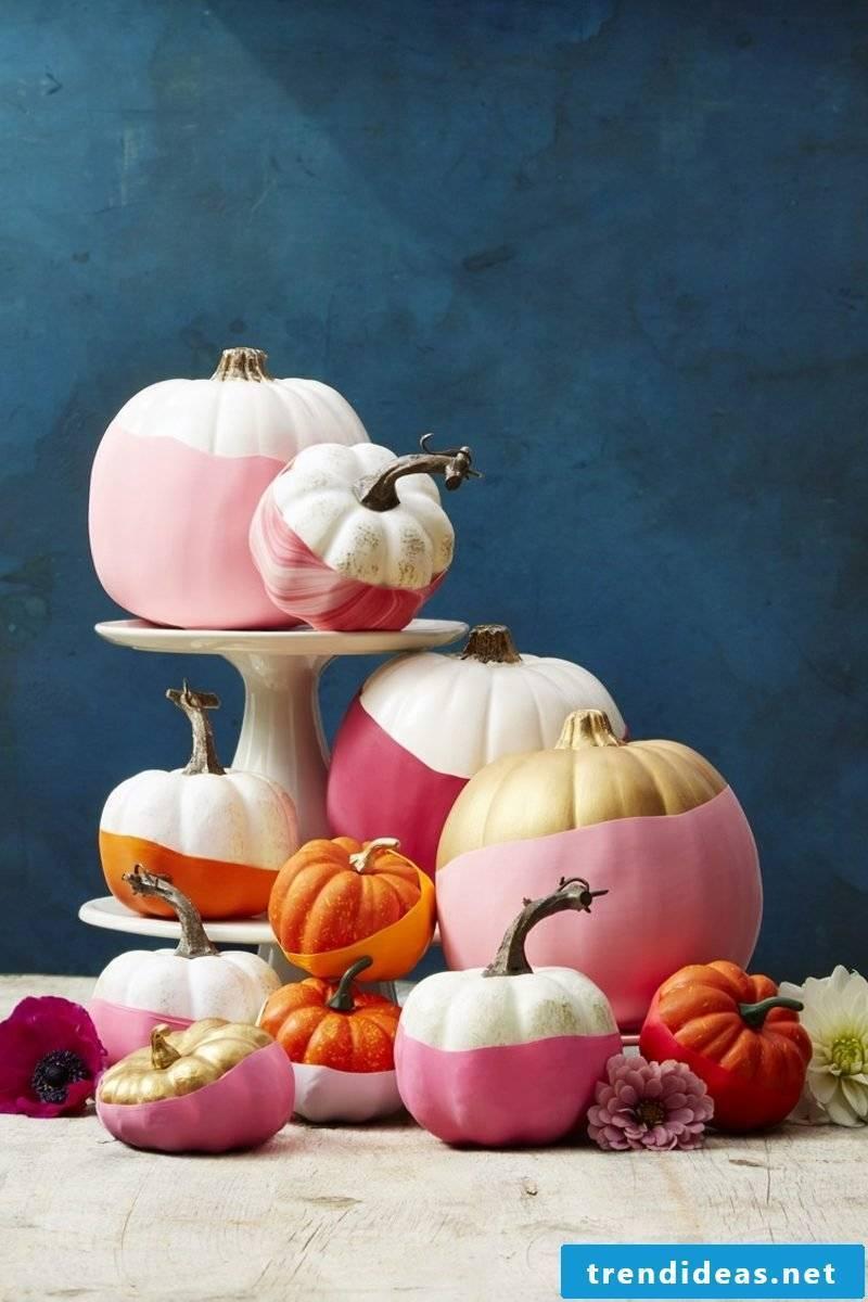 DIY ideas Fall decoration with pumpkins