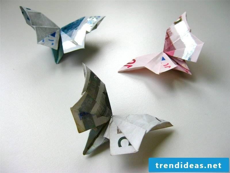 Money heart fold butterfly