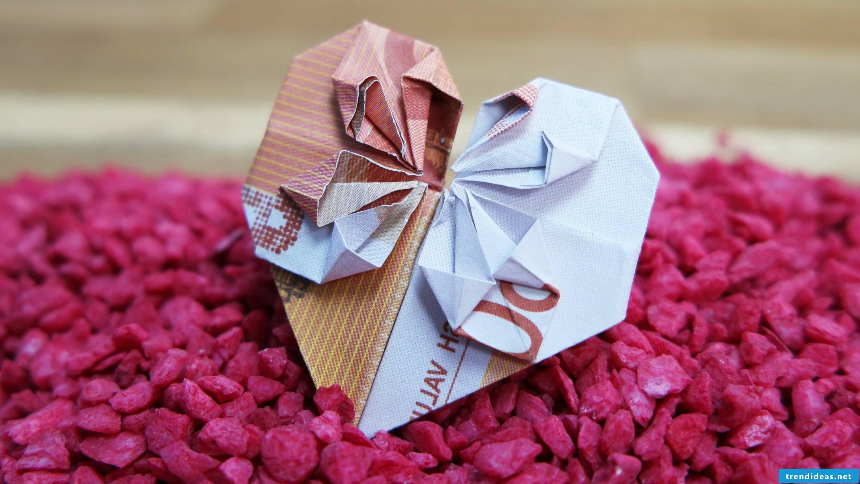 pink money heart fold