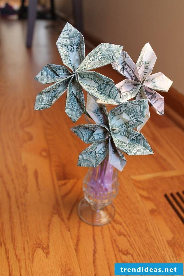 money heart fold flower