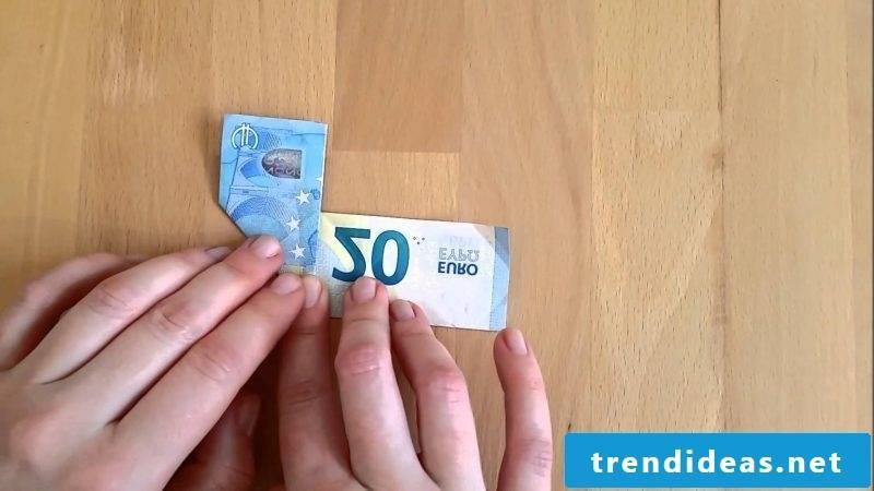 Money heart fold blue