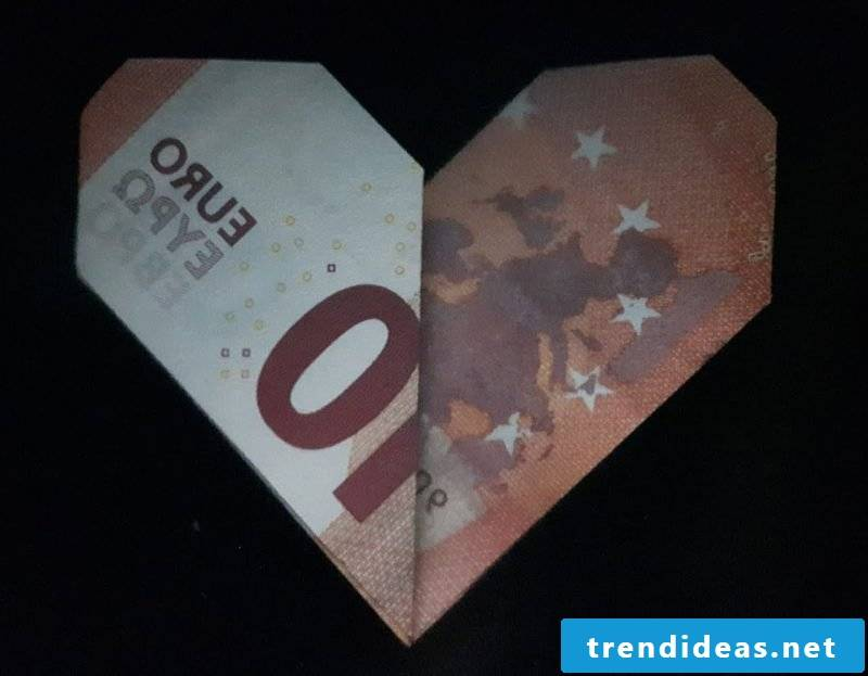 Money heart fold interesting