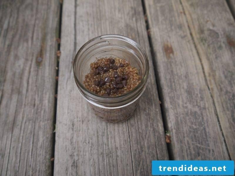 Quinoa Breakfast Moka Latte