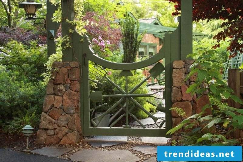 Build idea for garden gate yourself