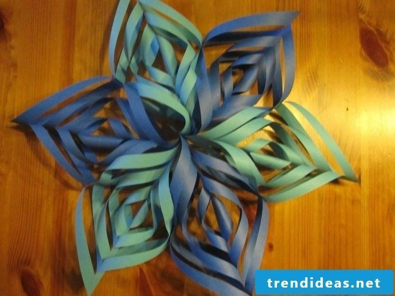Handicrafts for Christmas original paper star