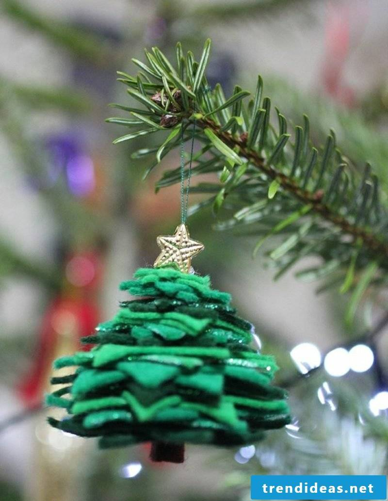 Crafting instructions for Christmas Christmas tree made of felt