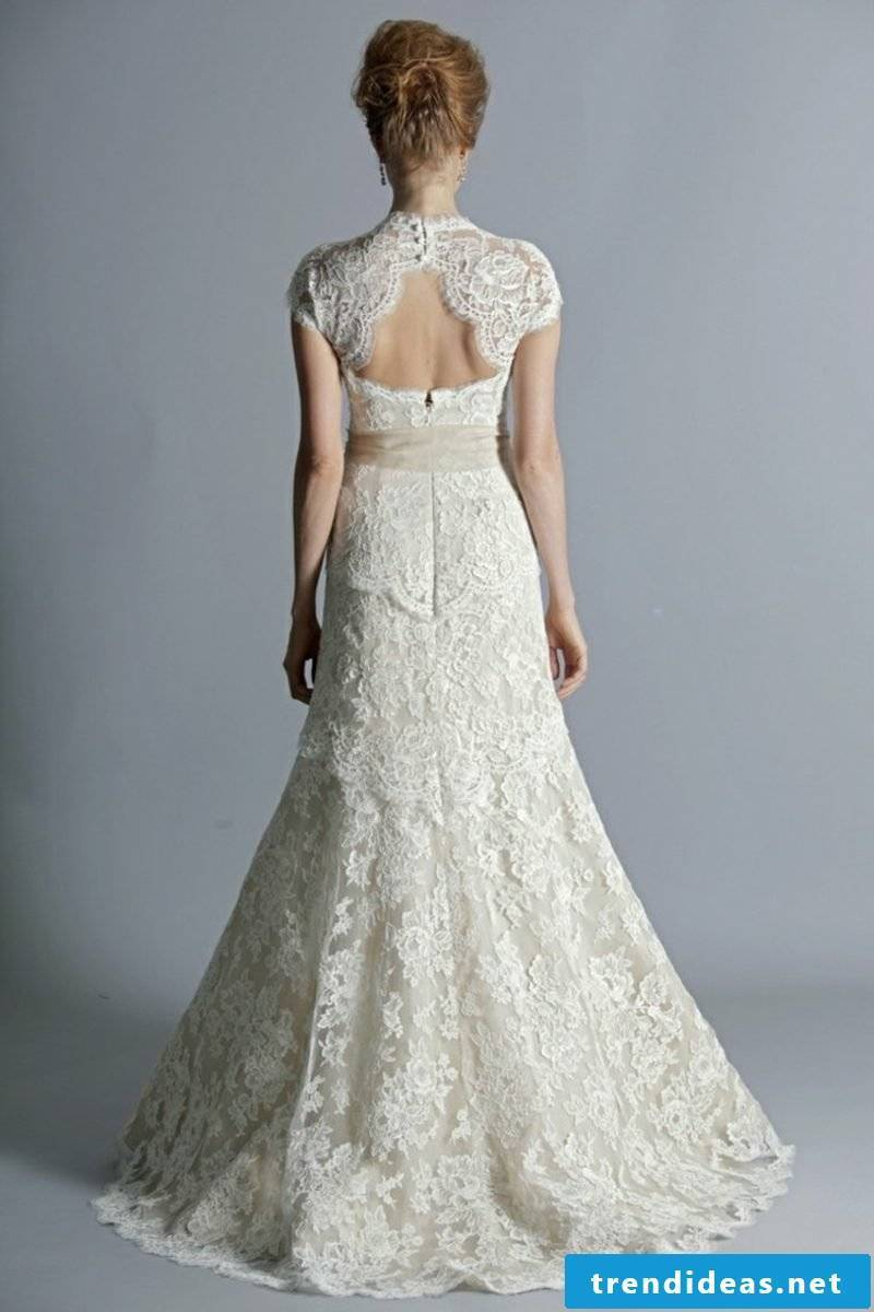 Backless bridal gown with lace