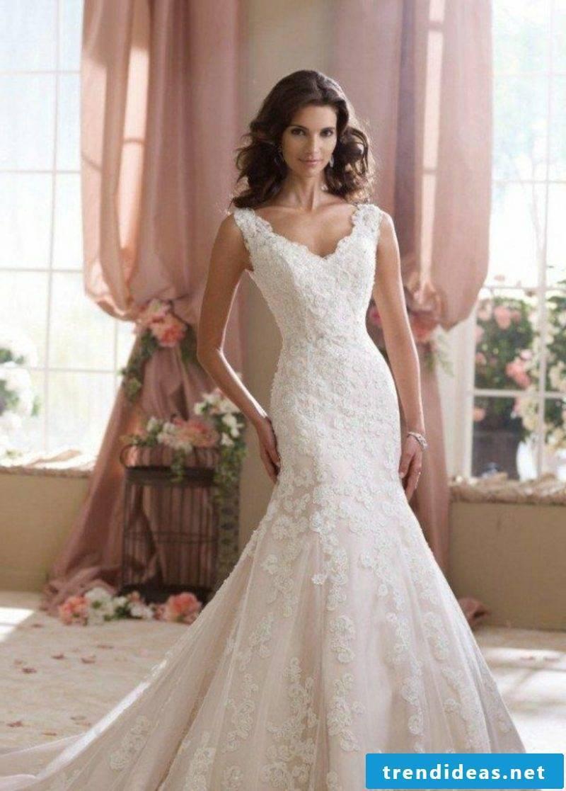 Lace bridal wear