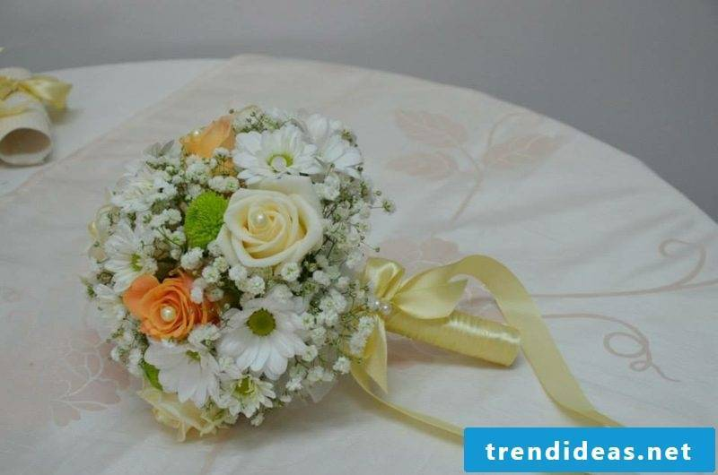 interesting wedding bouquet
