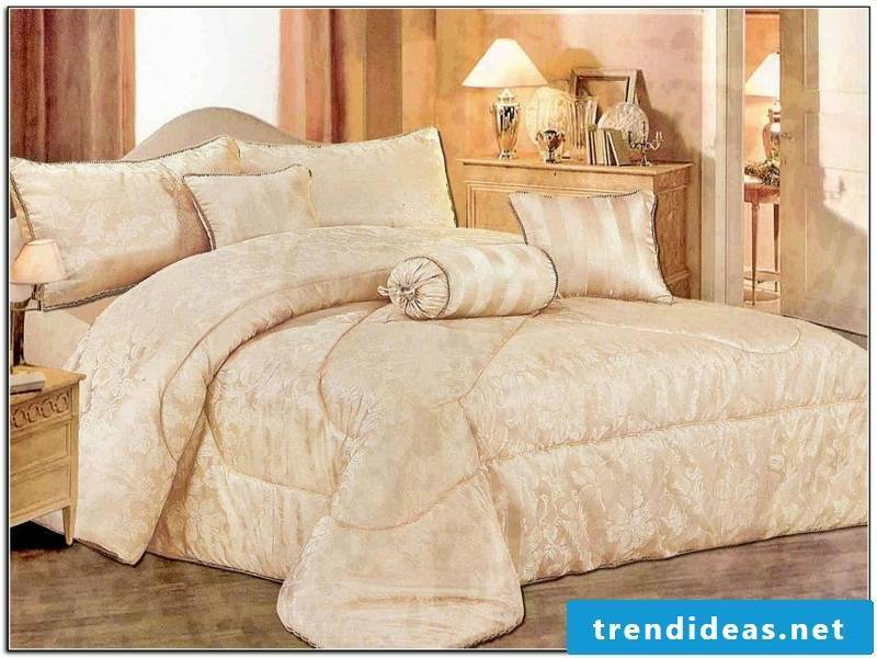 Yellow color the luxury bedding combinations