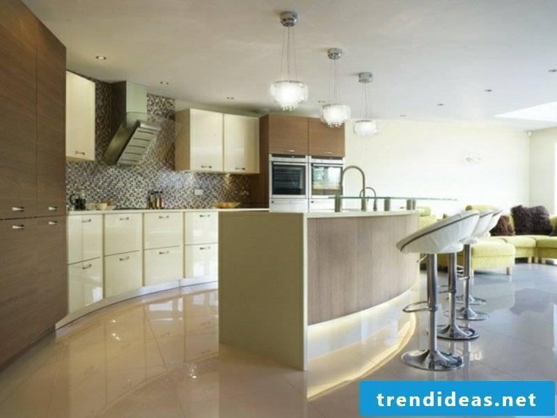 marble tiles under the kitchen island