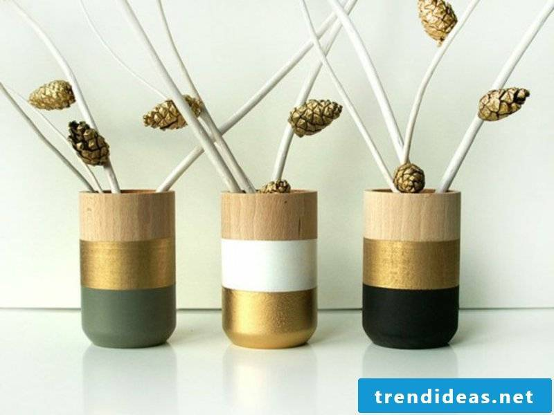 modern deco vases for the dining room