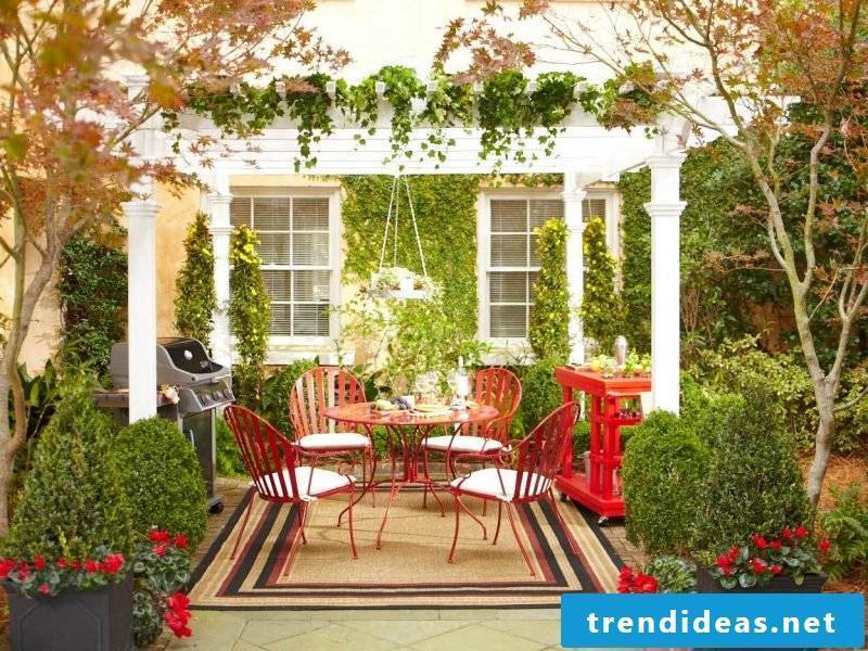 Design garden furniture can also be colored