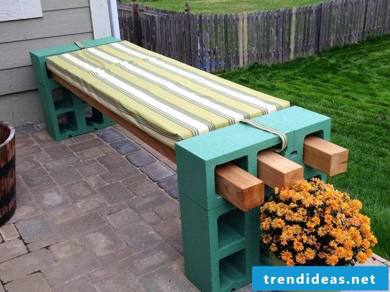 Design garden furniture: Homemade bench